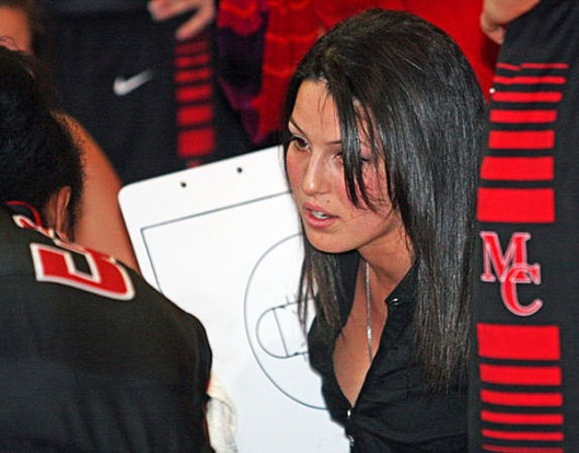 Megan Mahoney coaches her basketball team in January 2014. (courtesy Staten Island Advance)